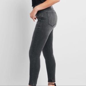 CAbi GRAY DENIM SKINNY JEANS 202